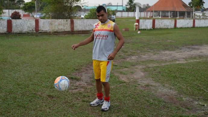 Jamesson, lateral-direito Rio Branco-AC (Foto: Duaine Rodrigues)