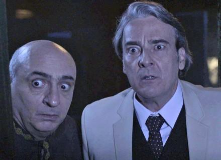 Aparício segue Agilson e se choca ao descobrir o segredo do irmão