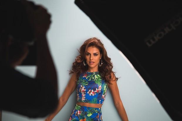 Paloma Bernardi foi eleita a garota-propaganda da coleção de verão 2016 da marca Mercatto (Foto: Divulgação)