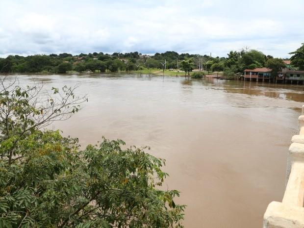 Nível do Rio Paraguai continua elevado, segundo prefeitura (Foto: Marcos Parada/Assessoria da Prefeitura de Barra do Bugres-MT)