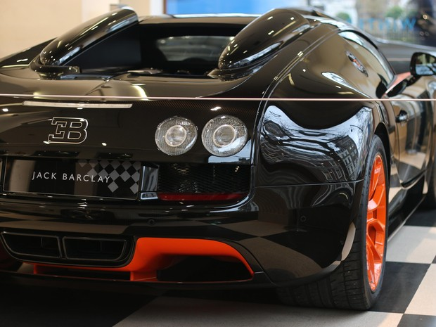 auto esporte bugatti veyron colocado venda por r 10. Black Bedroom Furniture Sets. Home Design Ideas