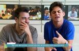 Lucas Veloso, filho do comediante Shaolin faz imitações no Vídeo Show