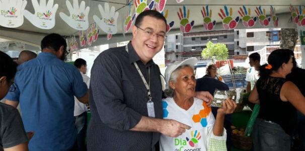 O apresentador do Globo Esporte, Madson Delano, aproveitou bastante a feira  (Foto: Divulgação/ Marketing TV Gazeta)