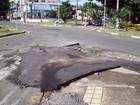 Moradores reclamam de mato nas calçadas e buracos perto do Guarani