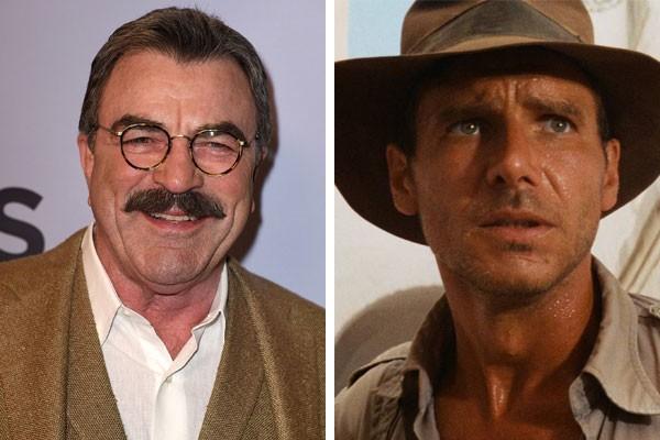 Tom Selleck e Harrison Ford como Indiana Jones em Indiana Jones e os Caçadores da Arca Perdida (1981) (Foto: Getty Images/Reprodução)