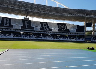 Botafogo Treino Engenhão Nilton Santos (Foto: Marcelo Baltar)