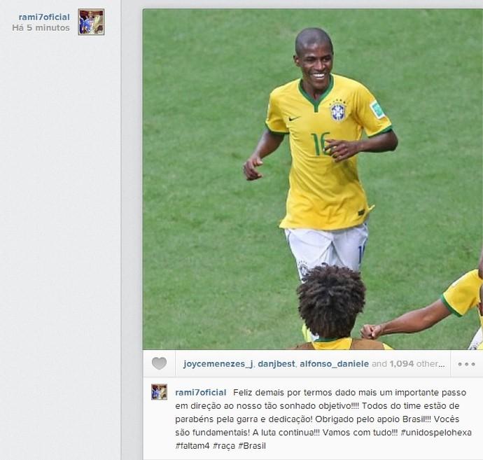 Ramires comemora vaga nas oitavas de final (Foto: Reprodução / Instagram)