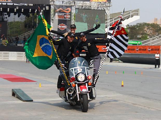 Moto da polícia em evento em SP; Harley Days (Foto: Rafael Miotto/G1)