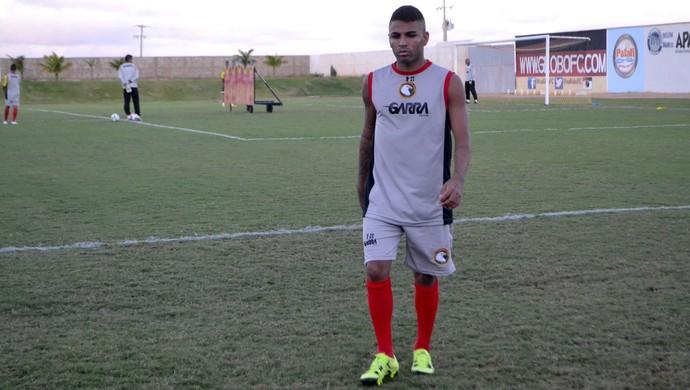 Romarinho, atacante do Globo FC (Foto: Jocaff Souza/GloboEsporte.com)