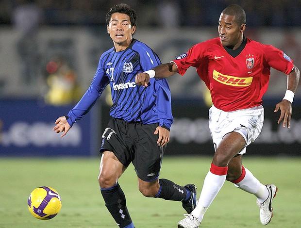 Edmilson dos Santos jogo Urawa (Foto: Getty Images)