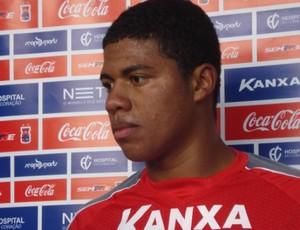 Douglas Tanque, ex-Corinthians, atacante do Paraná Clube (Foto: Fernando Freire/GLOBOESPORTE.COM)