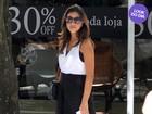 Look do dia: Mariana Rios aposta na combinação do preto e branco