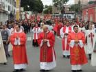 Procissão de Pentecostes mostrou fé e devoção nas ruas de Mogi