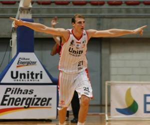 Léo Waszkiewicz uberlândia basquete (Foto: Divulgação/LNB)