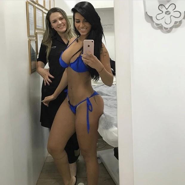 Bianca Leão posa de biquíni quatro meses após dar à luz (Foto: Divulgacão / MF Assessoria)