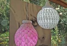 Faça em casa luminárias de colher de plástico (Foto: Mais Você / TV Globo)