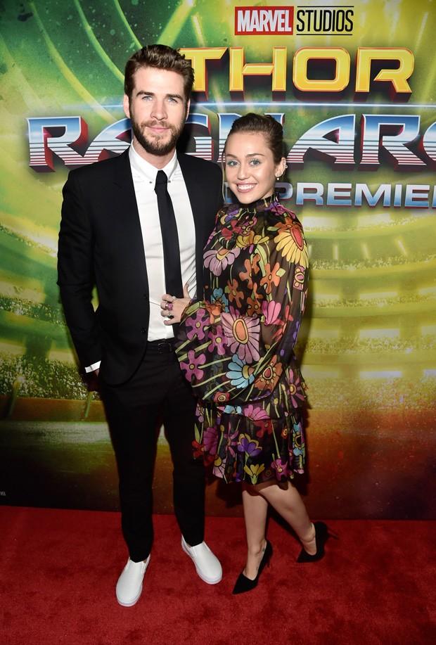 O casal Liam Hemsworth e Miley Cyrus (Foto: Getty Images)