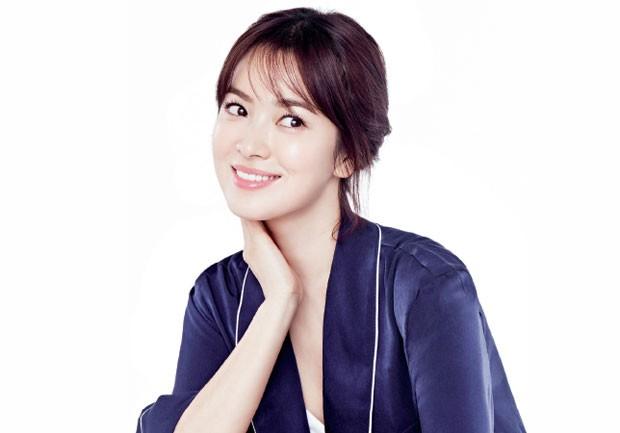 Descubra o passo a passo de cuidados diários de beleza da blogueria coreana Lamuqe (Foto: Reprodução)
