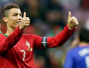 Cristiano Ronaldo gol Portugal (Foto: Reuters)