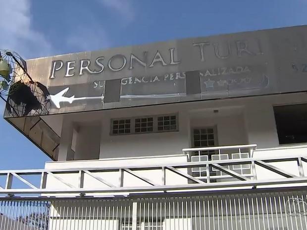 Agência de turismo de empresária Patrícia Morais, acusada de golpes, funcionava no Jardim América, em Goiânia, Goiás (Foto: Reprodução/TV Anhanguera)