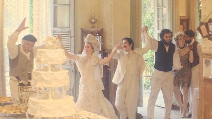 Roda de Dabke ocorreu em festa de casamento de Zana e Halim (Foto: TV Globo)