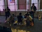 Campanha recolhe roupas para doar a moradores de rua em Macapá