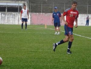 Cambará, volante do Paraná Clube (Foto: Fernando Freire/GLOBOESPORTE.COM)