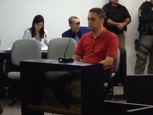 Marcelo Carnaúba depõe sobre a morte do empresário Paes Guilherme Brandão (Foto: Natália Souza/G1)