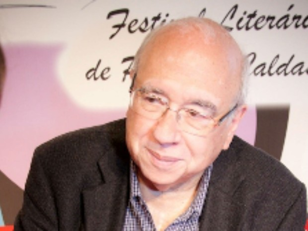 Escritor Luis Fernando Veríssimo já esteve no festival (Foto: Organização Flipoços)