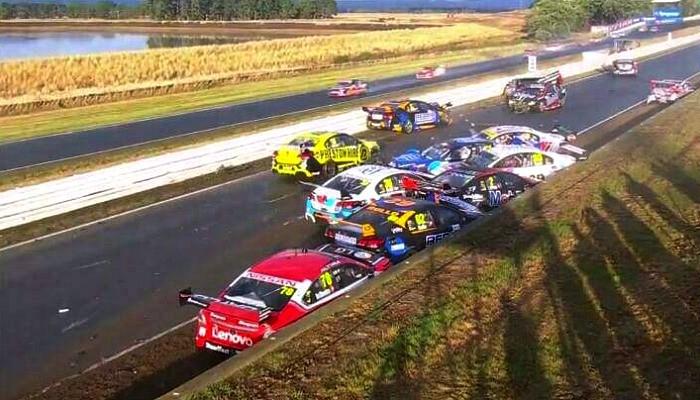 Acidente V8 Supercars Austrália