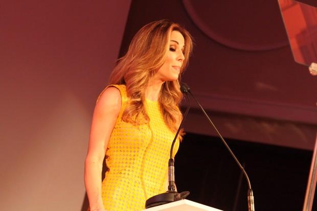 Ana Furtado em premiação no Rio de Janeiro (Foto: Anderson Borde / agnews)