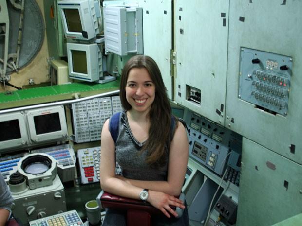 Nadia Del Corto Baradel se formou em engenharia aeroespacial na Rússia (Foto: Arquivo pessoal)