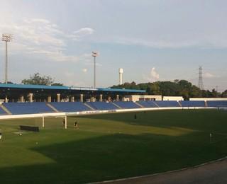 Estádio Martins Pereira em São José dos Campos (Foto: Danilo Sardinha/GloboEsporte.com)