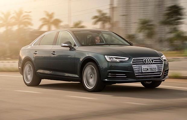 Audi A4 movimento dianteira (Foto: Fabio Aro / Autoesporte)