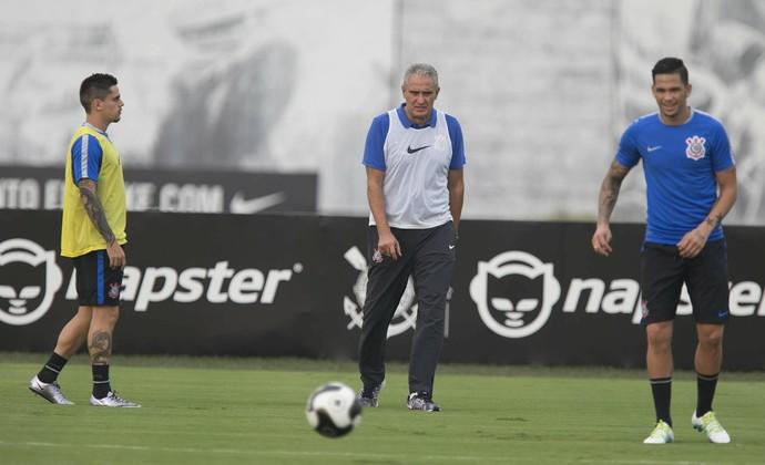 Tite Luciano Fagner treino Corinthians (Foto: Daniel Augusto Jr. / Agência Corinthians)