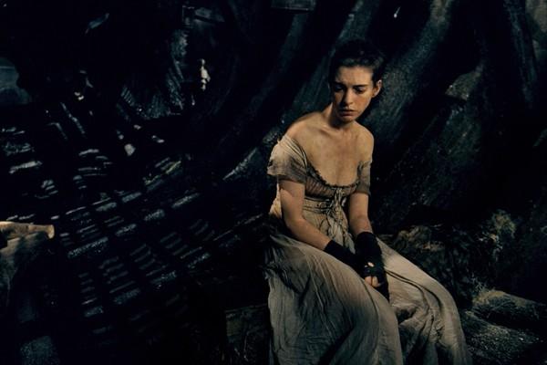 Anne Hathaway em Os Miseráveis (2012) (Foto: Reprodução)