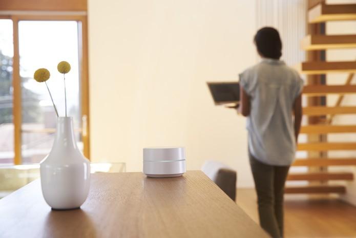 Google WiFi é ideal para cobrir espaços grandes, funcionando como roteador e repetidor (Foto: Divulgação/Google)