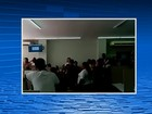 Professores ameaçam greve e fazem protesto em Santa Cruz do Capibaribe
