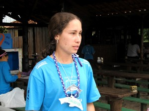 Daiana saiu de Itapetininga, SP, para participar do projeto em Cananeia (Foto: Mariane Rossi/G1)