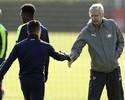 """Pires desmente Wenger e afirma que Sánchez deixou treino: """"Eu estava lá"""""""