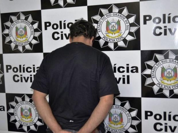 Flanelinha suspeito morte homem motorista Uruguaiana  (Foto: Divulgação/Polícia Civil)