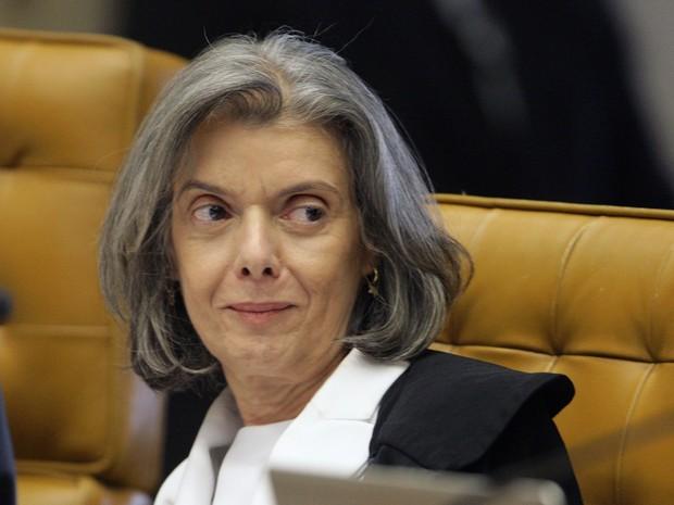 A ministra do STF Cármen Lúcia na sessão na qual foi eleita para a presidência do tribunal (Foto: Nelson Jr. / STF)