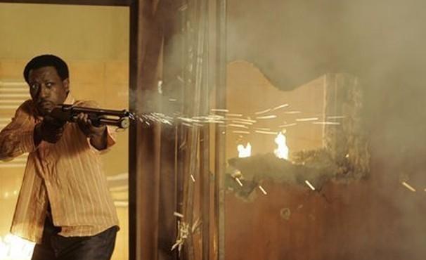 Wesley Snipes é o agente Sonni Griffith em 'O Detonador' (Foto: Divulgação / Reprodução)
