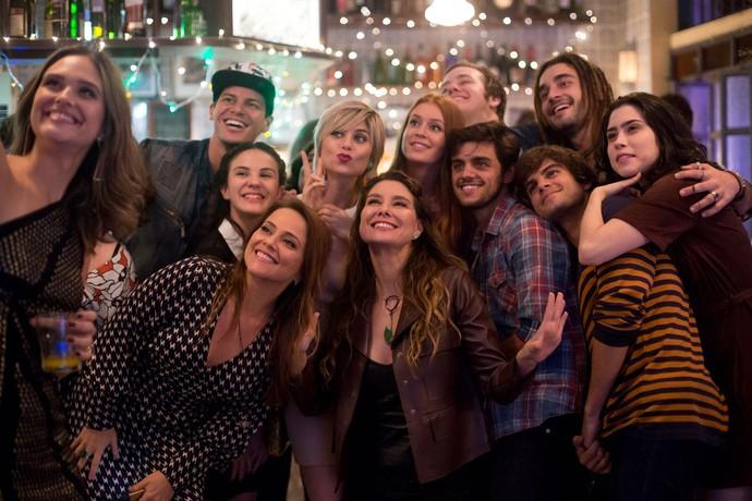 Cenas no Flor do Lácio sempre renderam ótimo cliques do elenco (Foto: Gshow)