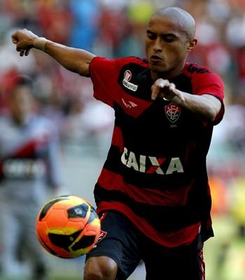 Nino Paraíba; Vitória (Foto: Felipe Oliveira/Divulgação/EC Vitória)