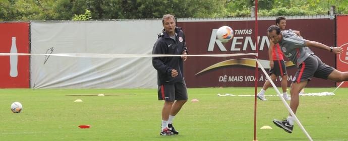 Diego Aguirre Fernando Pignatares Inter (Foto: Tomás Hammes / GloboEsporte.com)