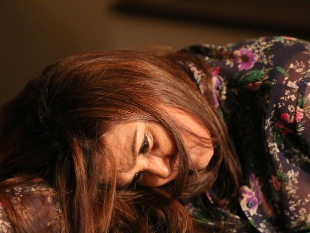 Jurema sofre acidente na casa de Cora (Foto: Isabella Pinheiro/ Gshow)
