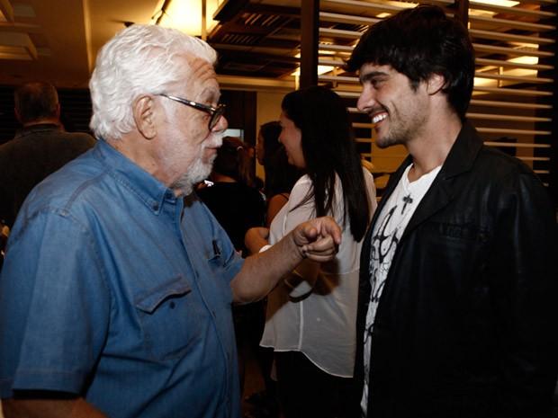 Manoel Carlos e Guilherme Leicam (Foto: Inácio Moraes / TV Globo)