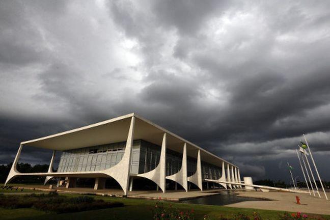 Tempestade no Planalto (Foto: Arquivo Google)