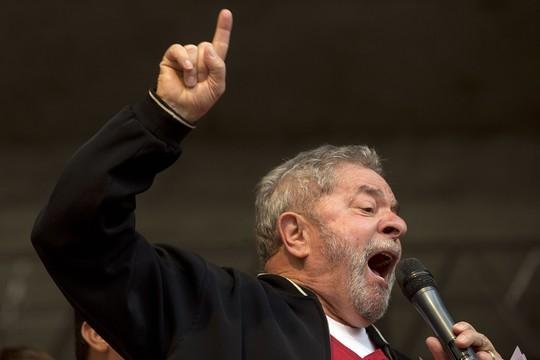 Ex-presidente Luis Inácio Lula da Silva durante evento em comemoração ao Dia do Trabalho em São Paulo (Foto: Andre Penner/AP Photo)